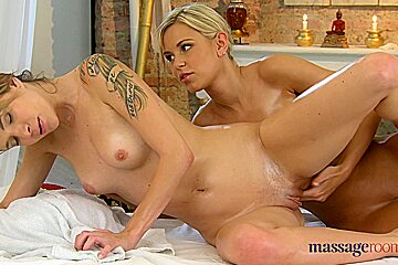 Blonde Lola does an erotic massage to a horny lesbian