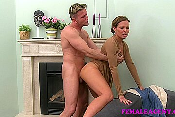 FemaleAgent: Passionate and mature fuck