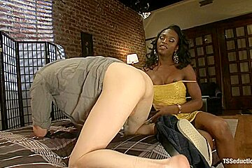 Super Sexy Chanel and Her GIGANTICA COCK and MASSIVE SHOOTING CUM LOAD
