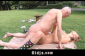 Oldman muff diving Young pussy