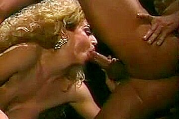 Chessy Moore playing and then drilled by Peter North