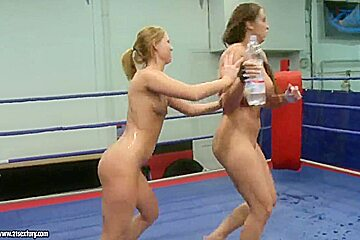 Two mega-babes duke it out, and eat out, too