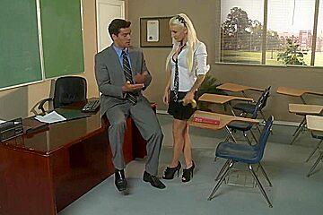 Bad teacher fucks his pretty and very sexy student Alektra Blue
