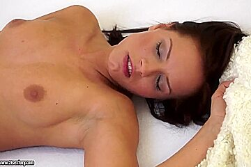 Kary and Tracy Pearl are licking sweet pussies