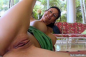 MILF With Extra Vision