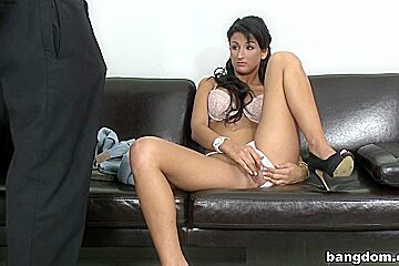 Amateur in Susi's First Time!