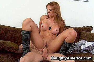 Monique Fuentes & Chris Strokes in Latina Dultery