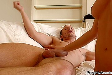 Sindy Lange & Mr. Pete in Seduced by a Cougar