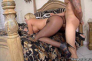 Mellanie Monroe & Bruno Dickemz in Seduced by a Cougar
