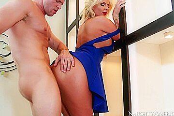 Phoenix Marie & Preston Parker in Naughty Rich Girls