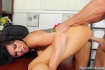Romi Rain & Johnny Sins in Naughty Office