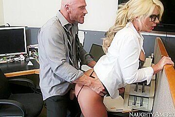 Phoenix Marie & Johnny Sins in Naughty Office