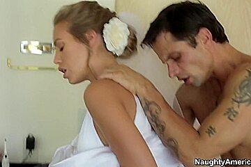 Nicole Aniston & Alan Stafford in Naughty America