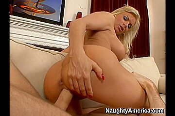 Diamond Foxxx & James Deen in My Friends Hot Mom