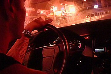 Agnessa in a hot amateur couple has sex outside their car