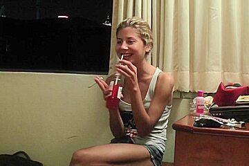 Vicktoria Tiffany in a horny couple enjoying hot oral sex at hotel