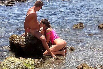 Agnessa & Carol Vega & Leila in sexy student girl enjoys an outdoor orgy