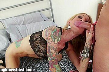 Blonde MILF Sarah Jessie is eating my man!