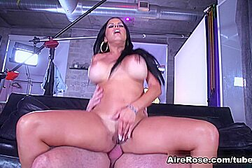 Airerose busty milf diamond kitty rides hard