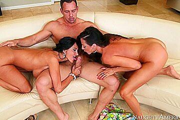 Ariella Ferrera & Ava Addams & Johnny Castle in My Friends Hot Mom