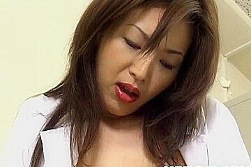 Mai Hanano pleasures her crack with sex toys till gets