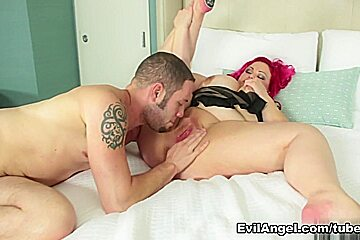 April Flores & Wolf Hudson in Curvy Chicks Love Dicks Movie