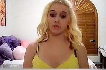 I'm posing on webcam in my nasty amateur selfshot vid