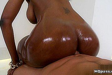 Nyomi Banxxx, Voodoo in Tons of tush Scene