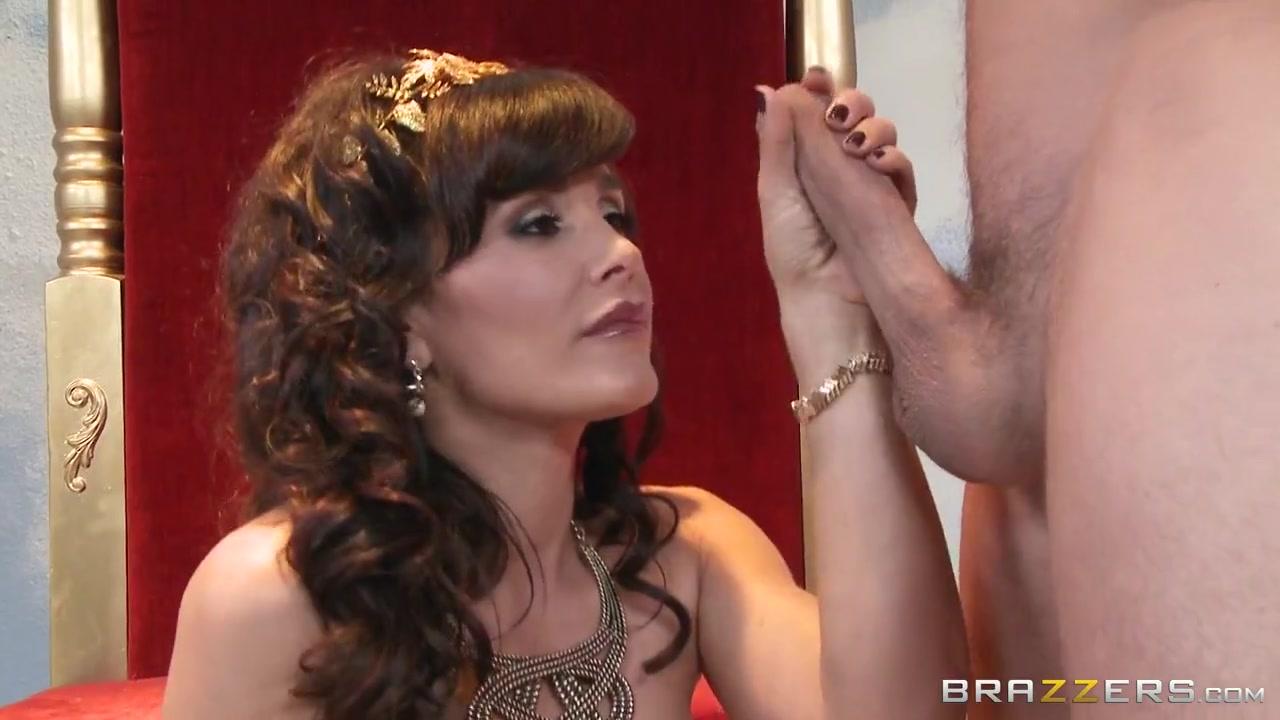 Milfs Like it Big: The Goddess of Big Dick. Lisa Ann, Mick Blue / Upornia.com