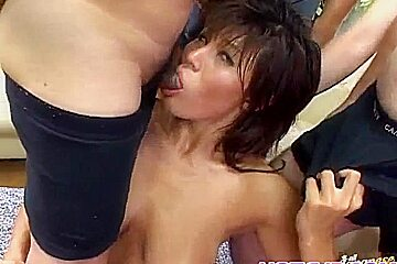 Young asian kissing porn