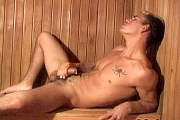 Twink skaters wank off and analplay