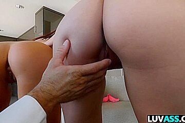 Big ass beauties Valentina Nappi and Keisha Grey