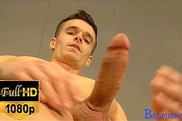 Latin hunk Rick in his gay casting video