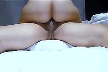 Hot woman on woman sex