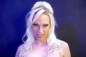 Bi-Sexual Fun with Nikki Hunter