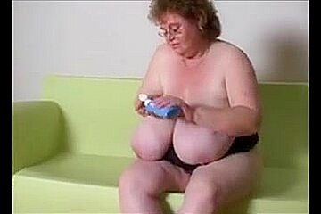 Eros & Music - BBW Granny Show Huge Tits