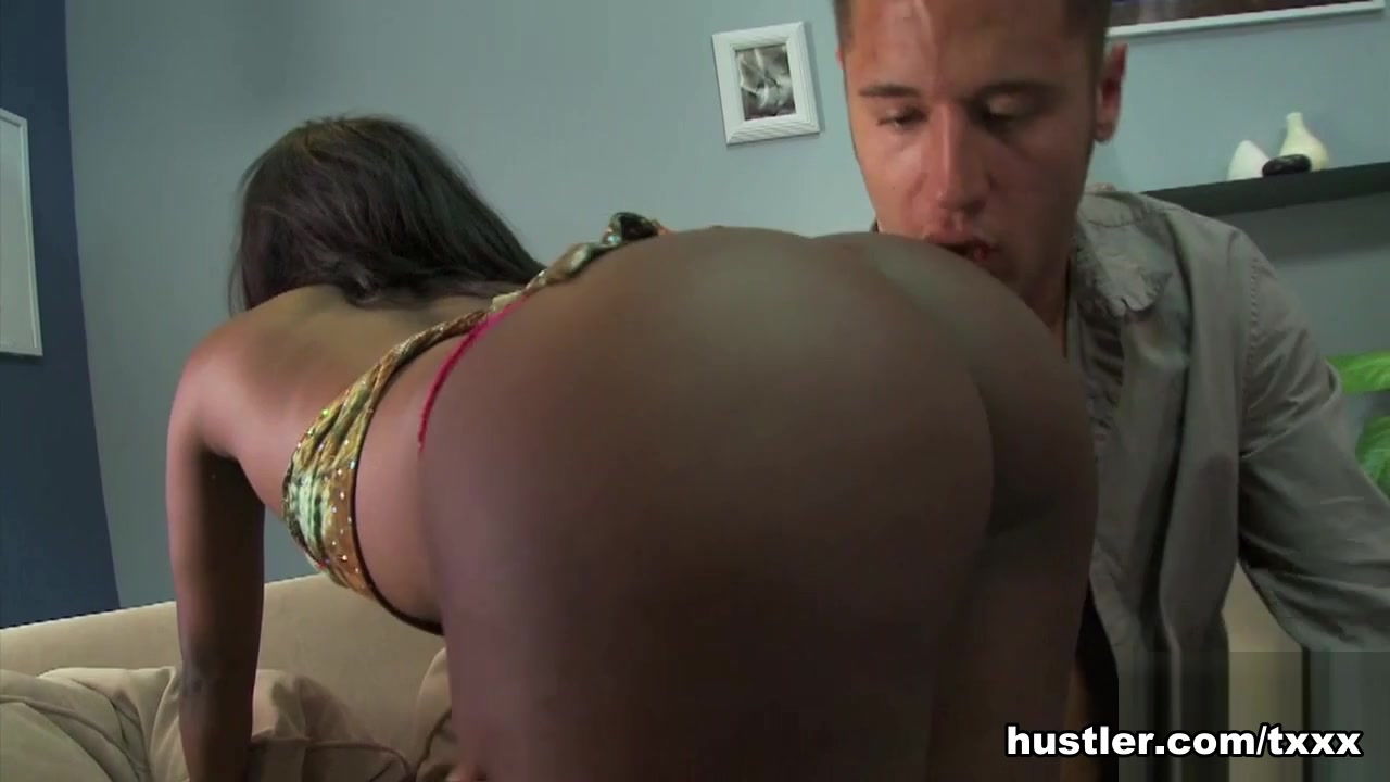 Black hustler takes it in the booty hole
