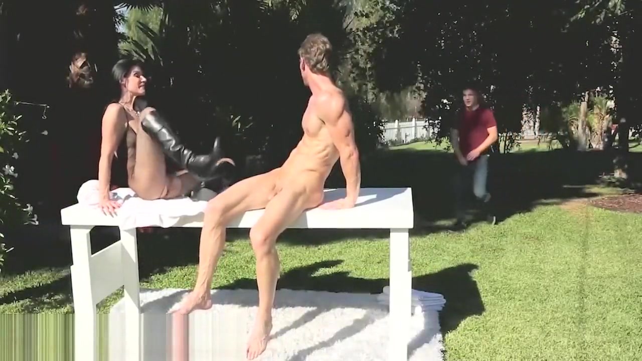 america in naked pussy