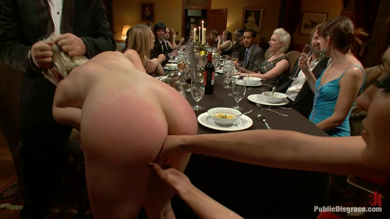 Naked for dinner guests amatuer big titted