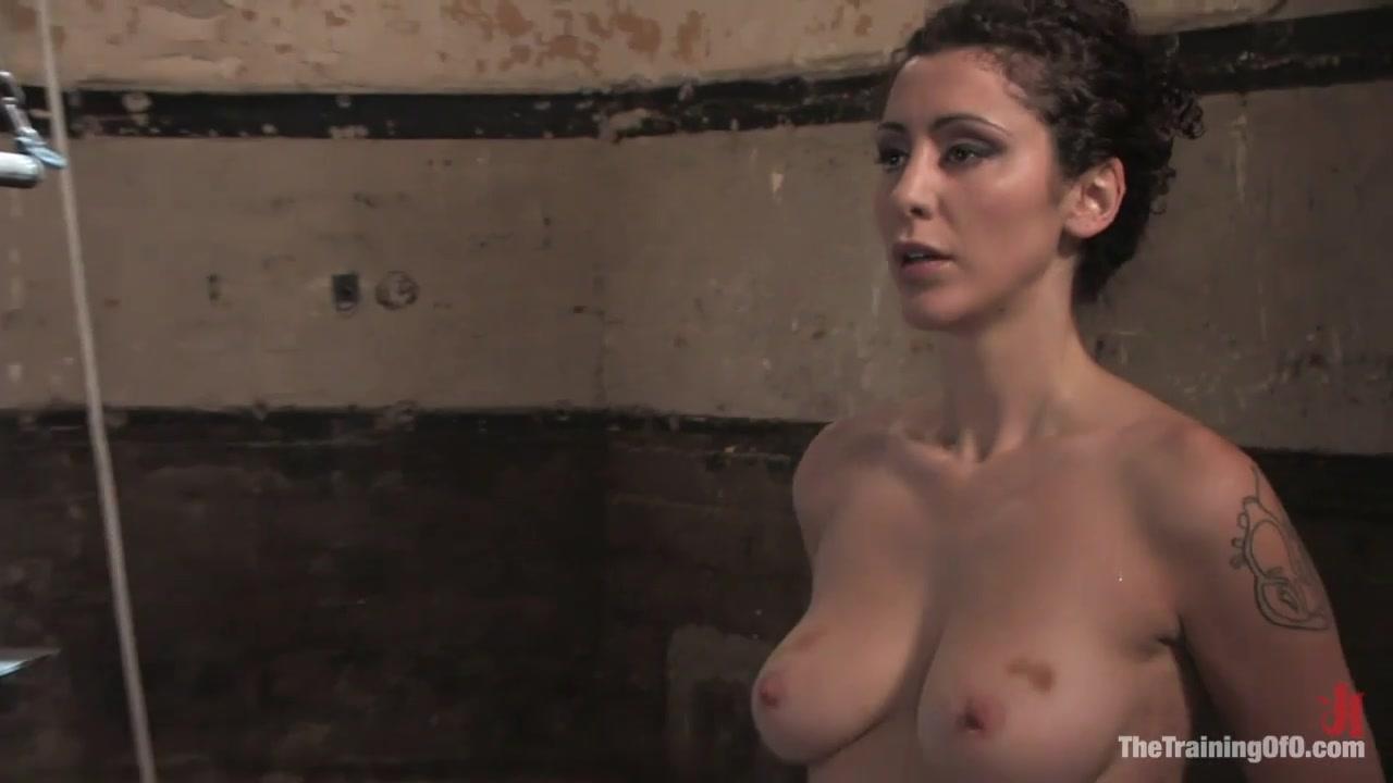 lee nudes Mia