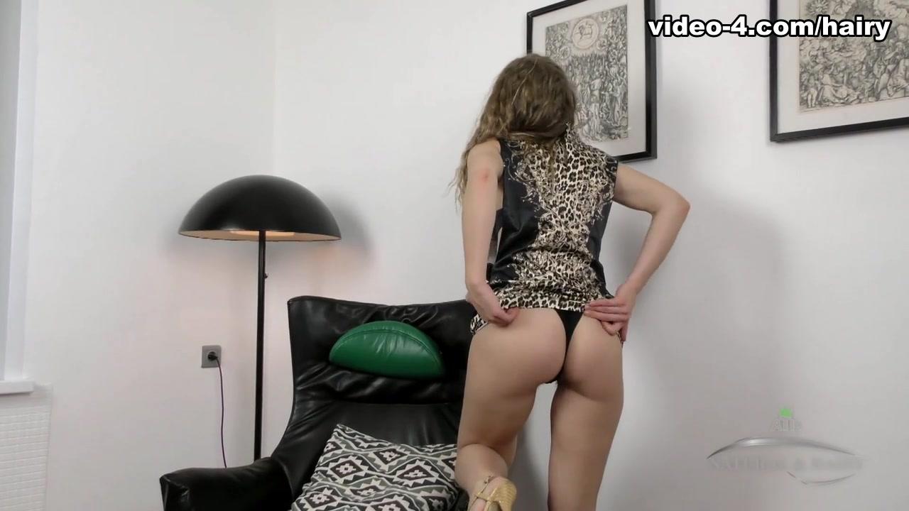 milf porn Brunette anal
