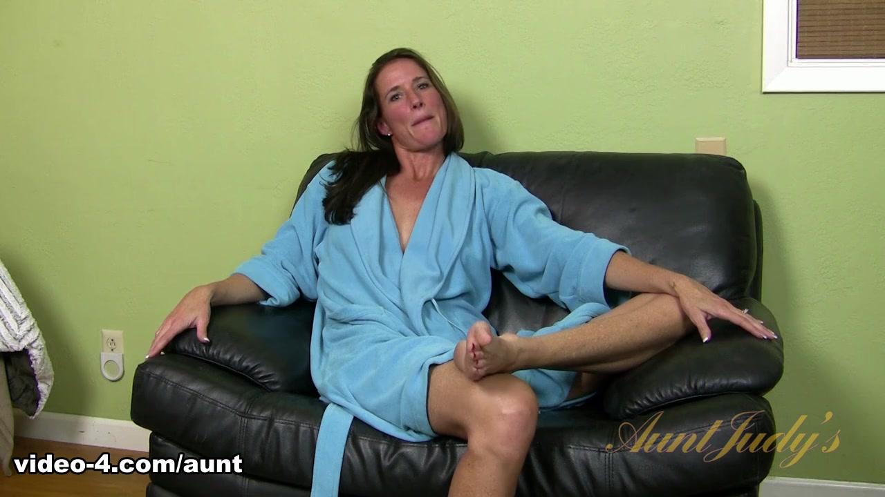 sex mpeg lesbian Caligula scene