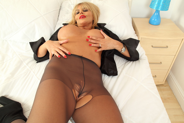 mitchell nude Beverley