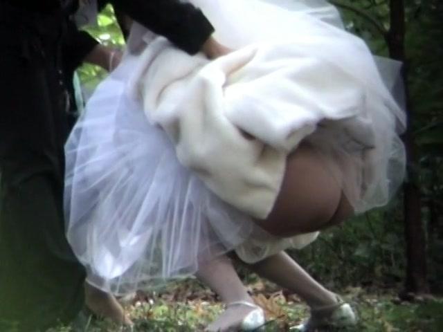Подгляд за писающими невестами, негры жарят белых шлюх