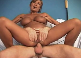Anal busty mature picture 846