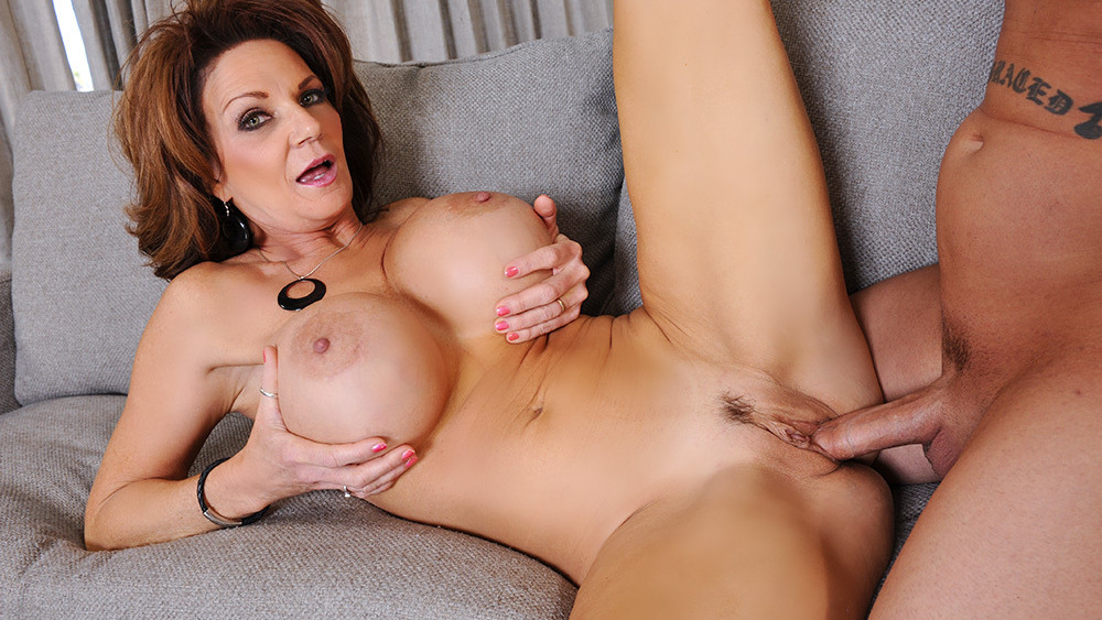 Hot milf porn star — photo 14